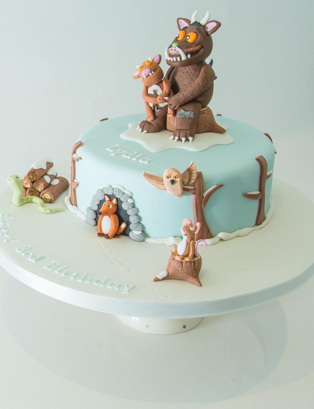 gruffalos-child-cake-mouse-fox-snake-owl-norwich-norfolk-Little-A's-Cakery