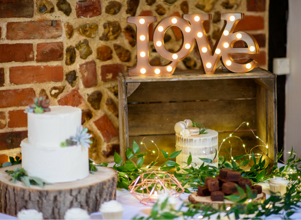 wedding-dessert-table-macarons-brownies-cupcakes-succulents