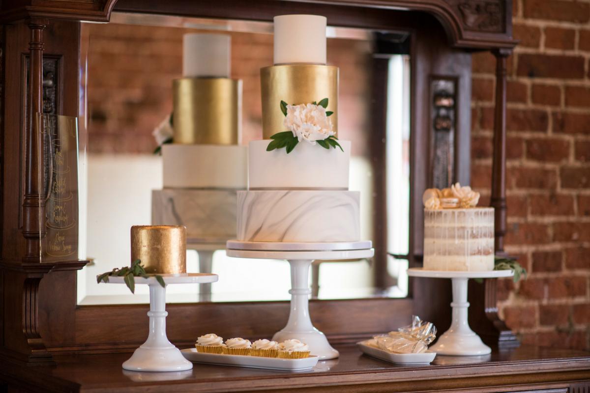 white_gold_grey_marble_wedding_cake_dessert_table