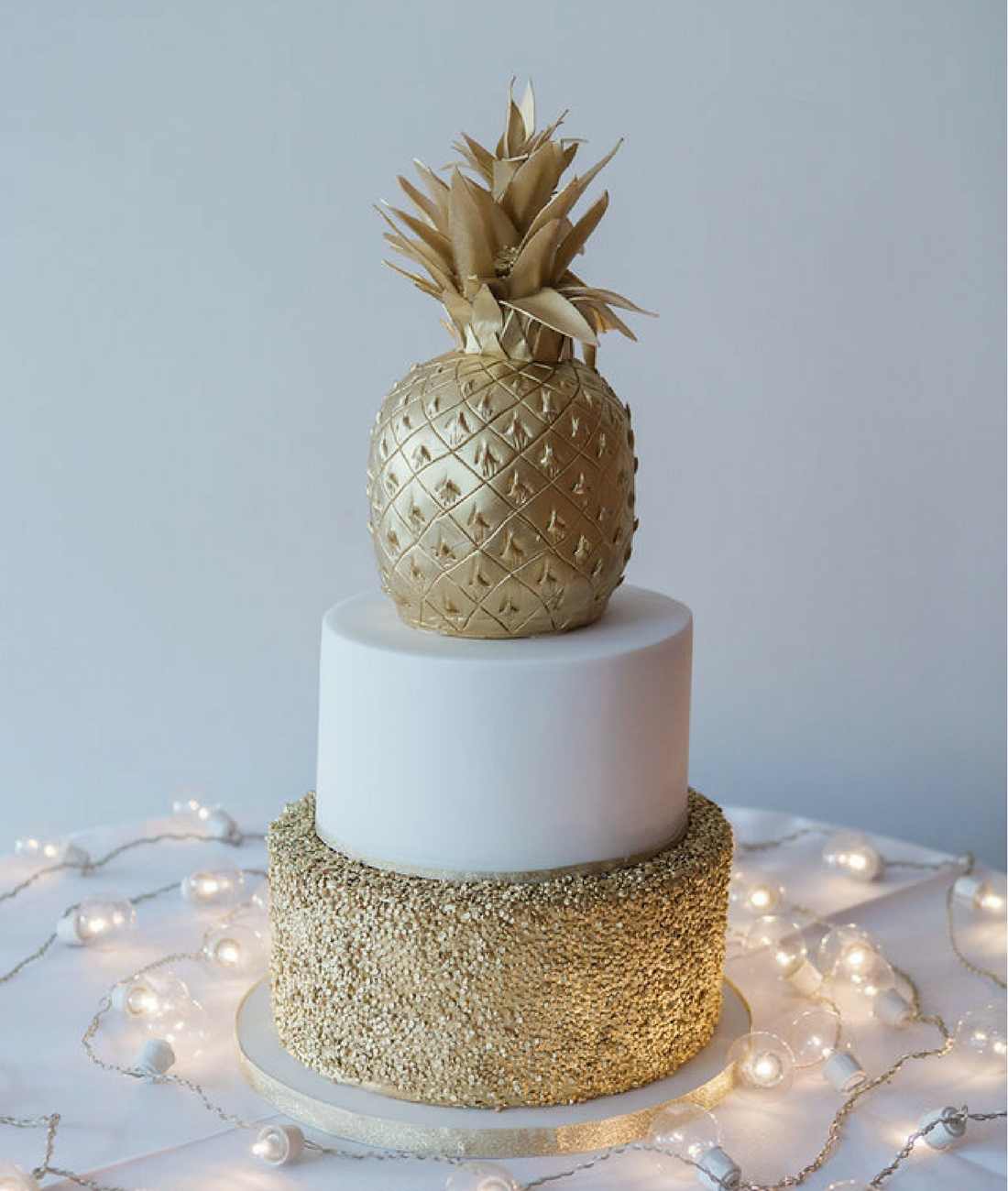 Love Artisan Wedding Cakes - Gold Sparkly Pineapple Wedding Cake